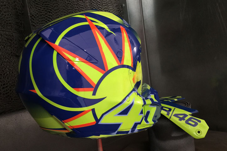Anton-Henggono_Fox-Racing-helmet_VR46_1