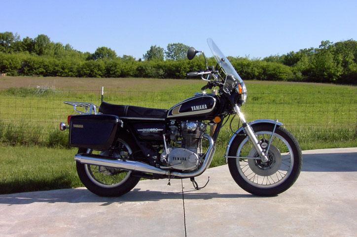 Yamaha-xs650b-1975