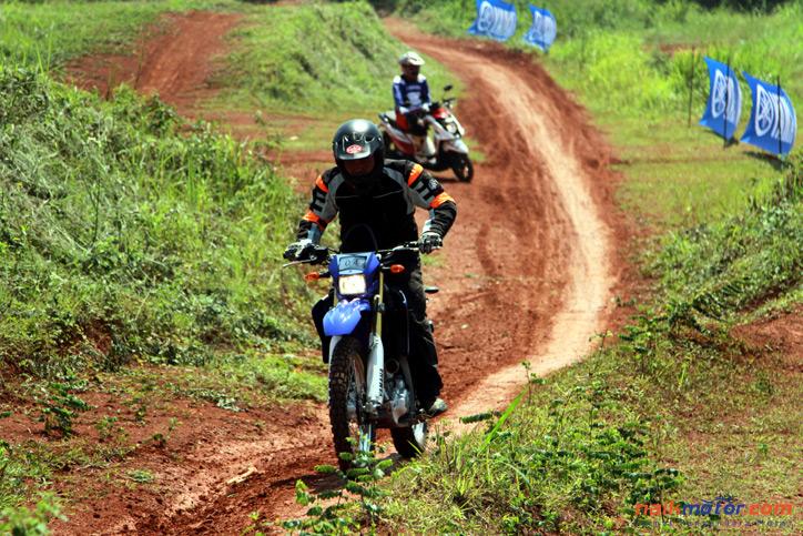 Test-Yamaha-WR250R_6