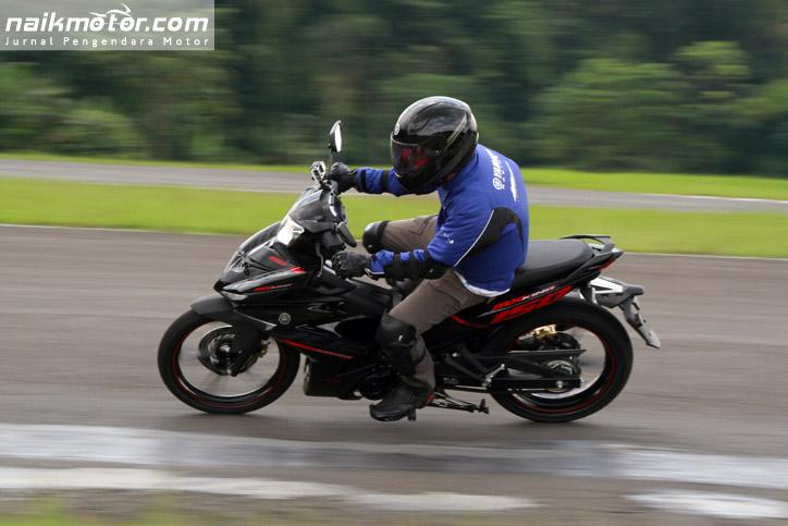 yamaha mx king 31   naik motor jurnal pengendara motor