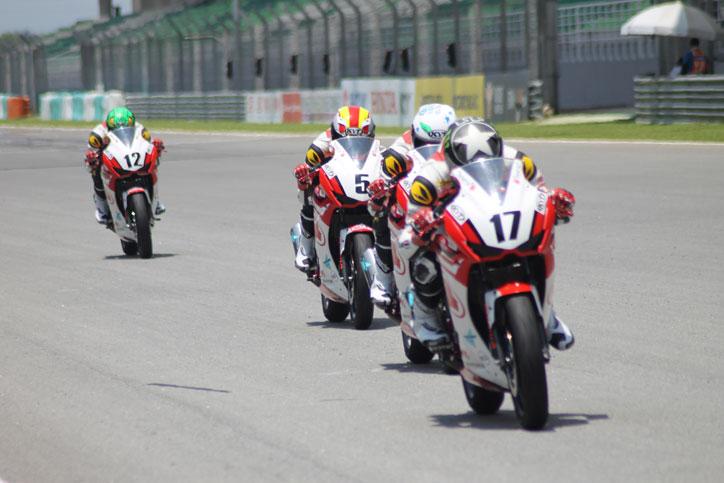 Asia-Dream-Cup-Race-1-ARRC-Sepang-2015