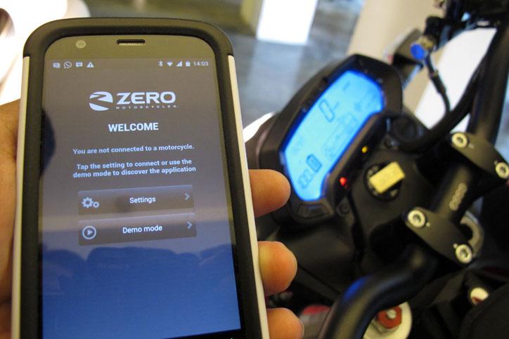 Aplikasi-Mobile-Zero-Motorcycles_1