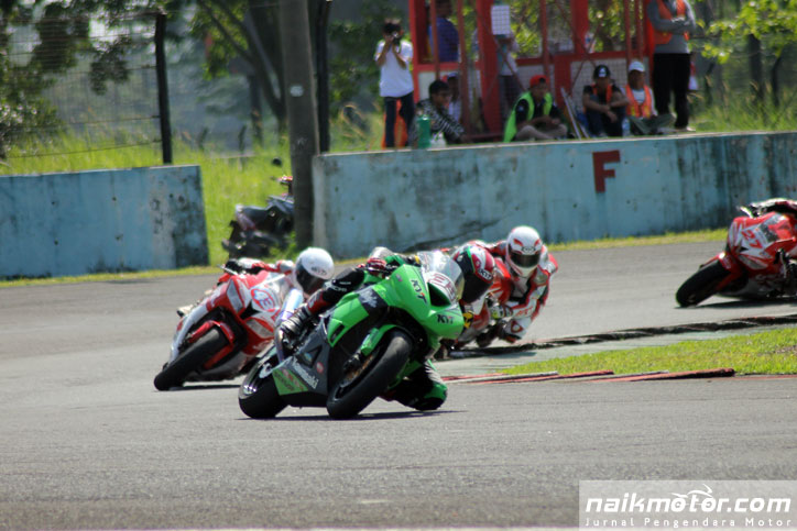Hasil-Race-Supersport-600-Race-2-Kejurnas-seri-1_2