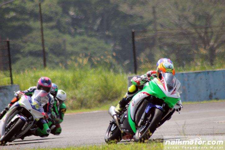 Hasil-race-Kejurnas-Balap-motor-2015-kelas-250cc-seri-1