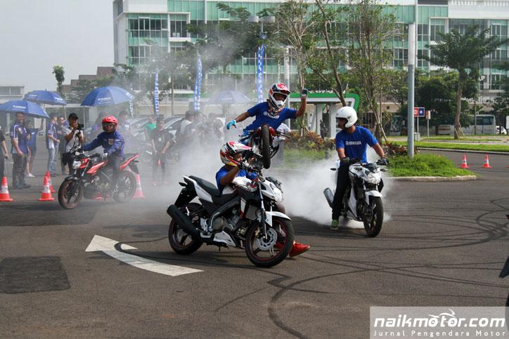 Yamaha-New-V-ixion-Advance--launching_15