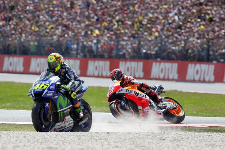 Rossi-Marquez-touched-assen