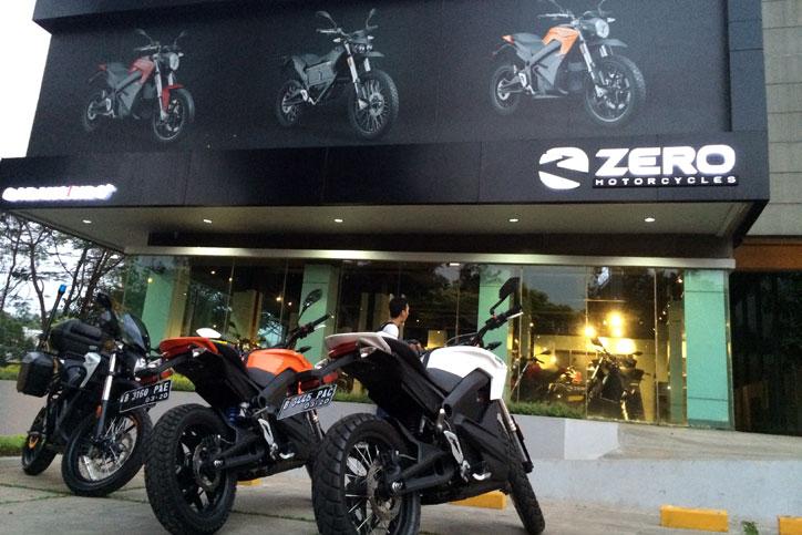 Kemang-28-Flagship-Showrrom-Zero-Motorcycles