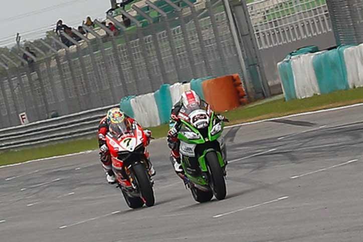 Rea-Race1-WSBK-Malaysia-2015_1