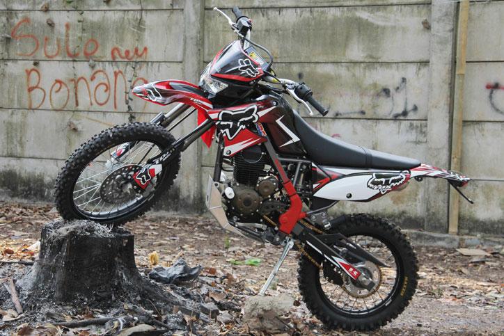 Modifikasi Ringan Kawasaki D Tracker 150 Jadi Trail