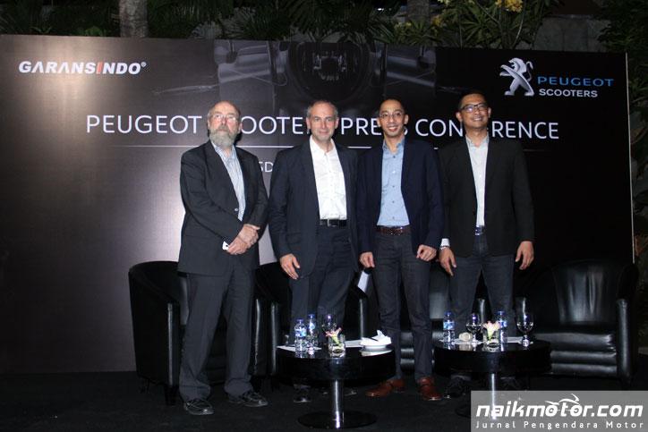 Direksi-Garansindo-CEO-Peugeot-Scoters