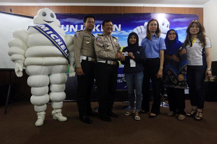 Kampanye-Road-Safety-Michelin