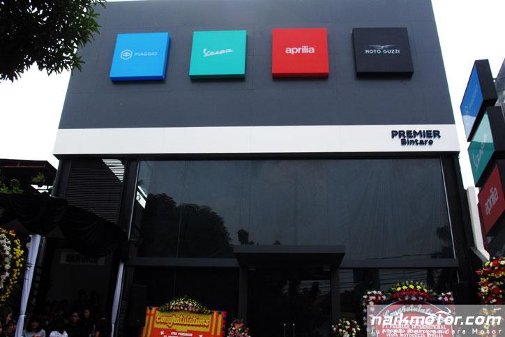 motoplex, konsep premium store piaggio group global hadir di bintaro
