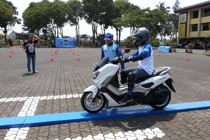 Yamaha-safety-Riding-Academy-Bandung