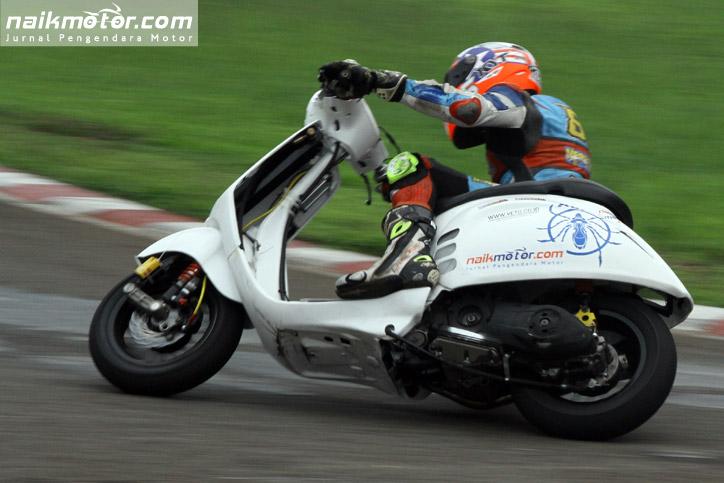 Kutu_Racing_Team_ScooterGP_2015_Seri_4_01