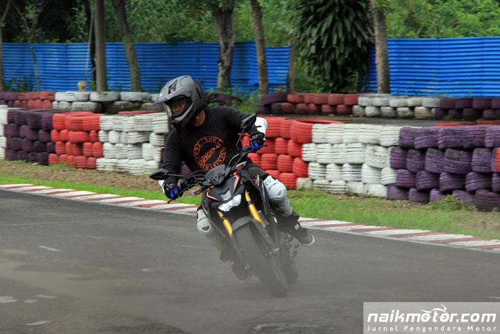 Test-ride-Yamaha-Xabre-Sentul_1
