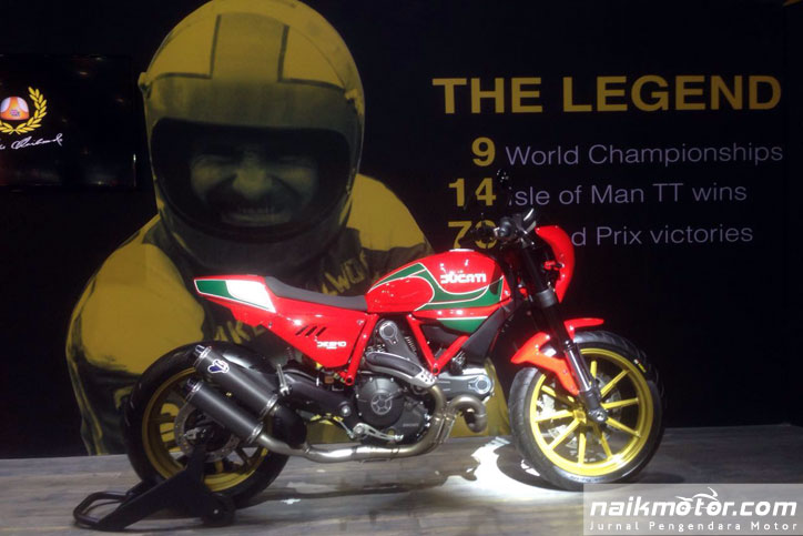 Ducati_Scrambler_Special_Edition_Mike_Hailwood_7