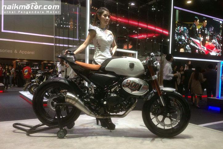 Honda_TT_300_Racer_5