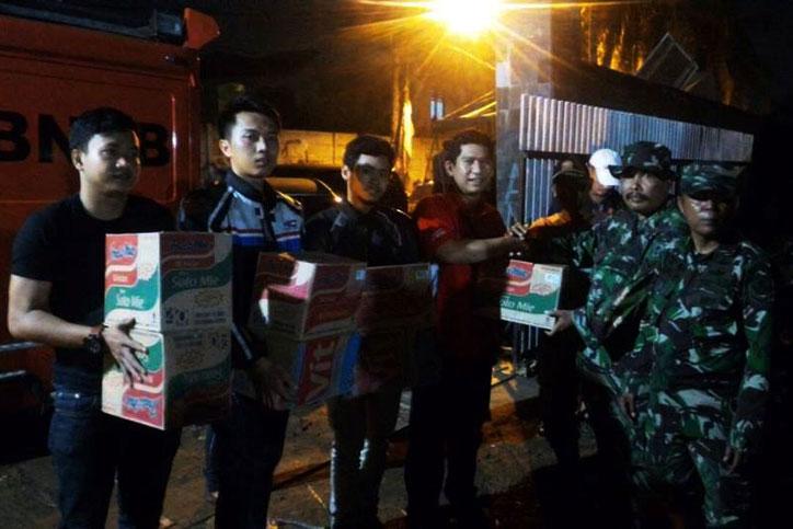 Donasi-CBR-Riders-Bekasi_Banjir_Bekasi