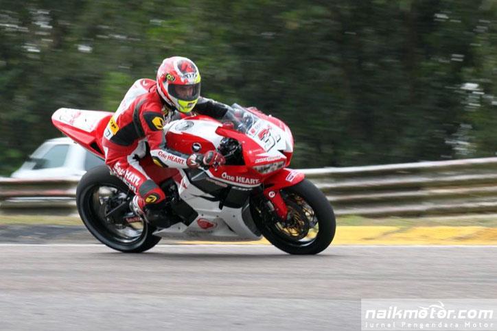 Gerry_Salim_ARRC_Johor_2016_race1