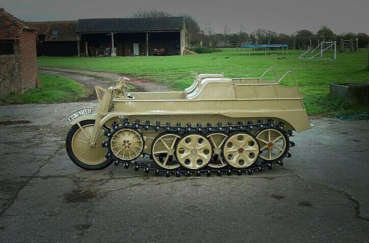 Motor_Nazi_Kettenkrad_1