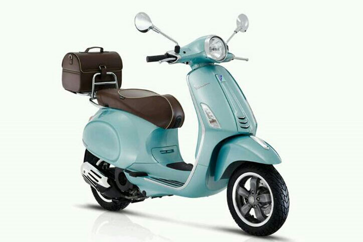 Vespa_Primavera_70th