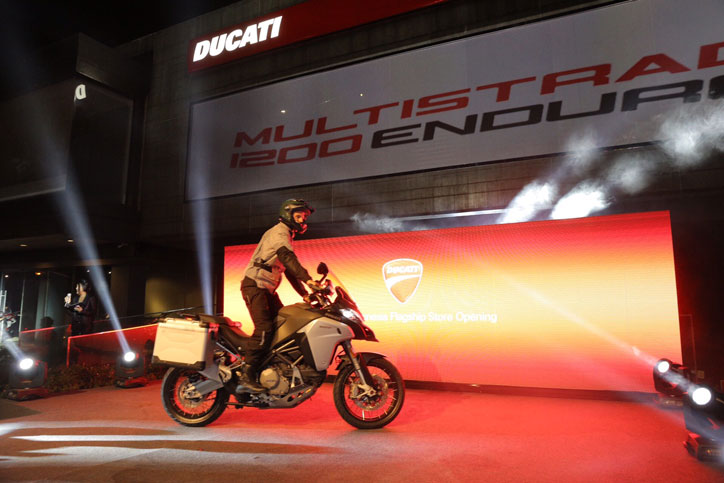 ASIAN-PREMIERE---DUCATI-MULTISTRADA-1200-ENDURO-(4)