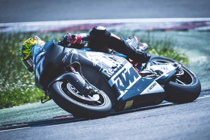KTM_MotoGP_2017_Riset