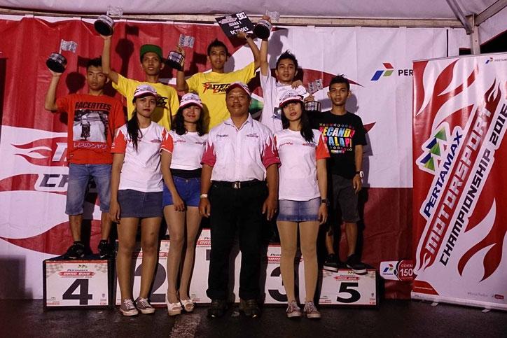 Pertamax-Drag-Bike-Championship-2016---Podium