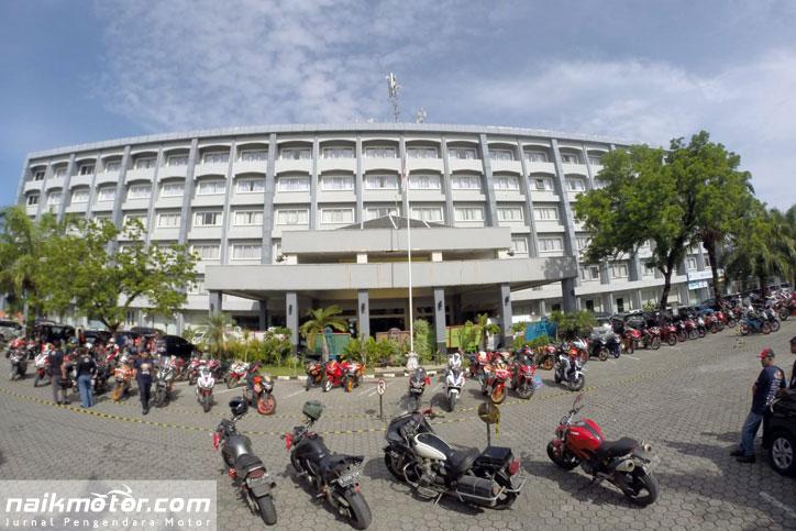 Tugu-Bikers-Indonesia_Padang_Jamnas_CBR_2