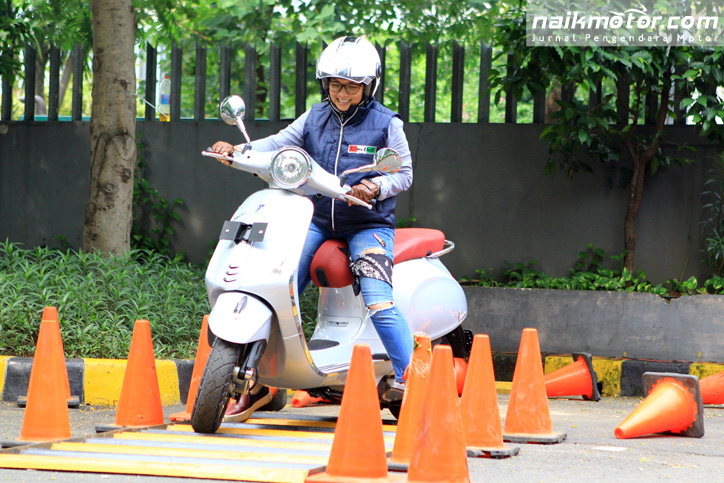 Vespa_Test_Ride_Clinic_27