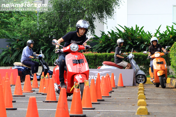 Vespa_Test_Ride_Clinic_50