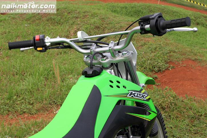Kawasaki_New_KLX_150_Offroad_2