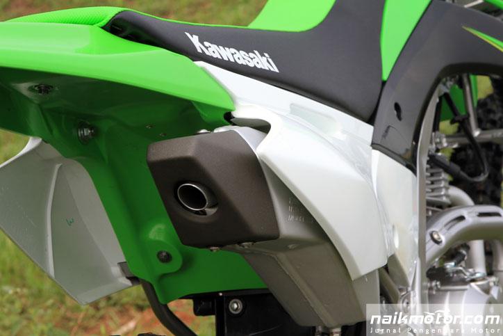 Kawasaki_New_KLX_150_Offroad_3