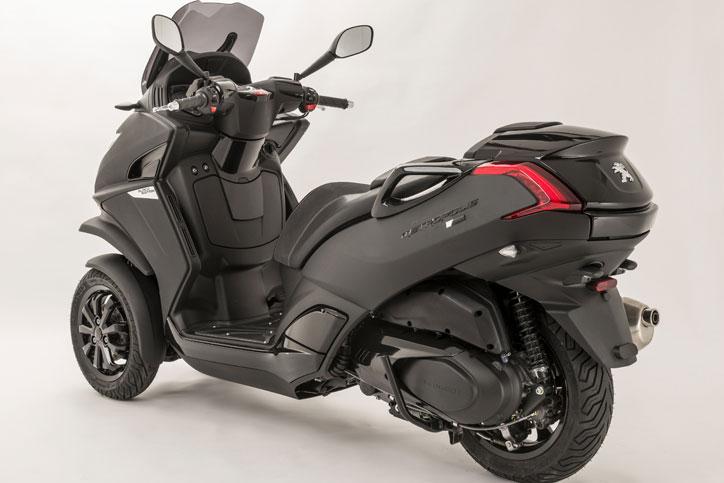 Peugeot_Metropolis_Black_Edition_2
