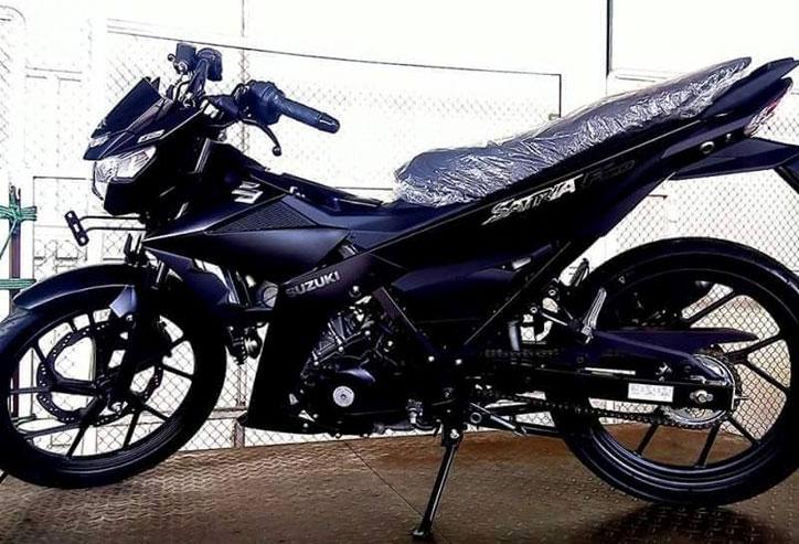 Suzuki_satria_FI_Black_Predator_1