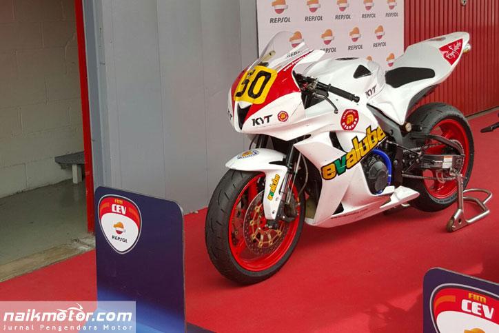 Topan_juara_CEV_Moto2_catalunya_1