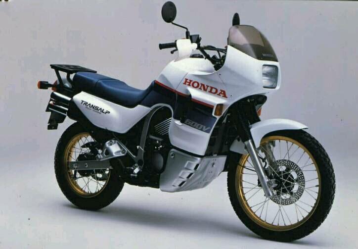 Honda_TransAlp_Paten_2