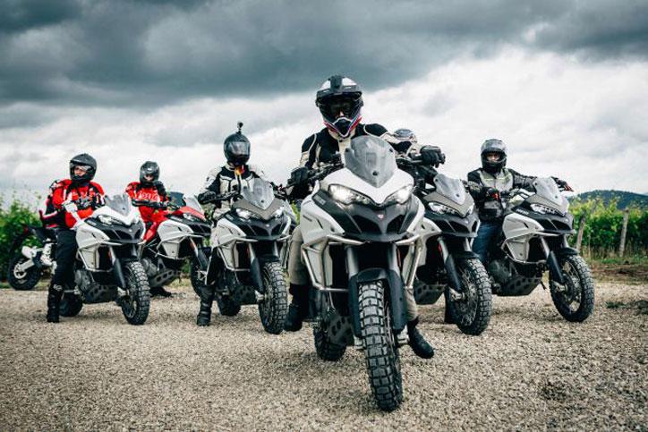 tujuh penjelajah Globetrotter Ducati 90