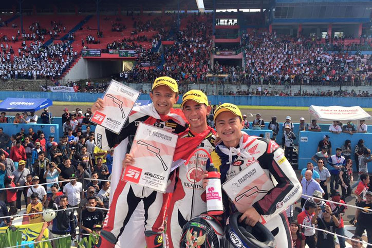 Podium_ARRC_2016_Sentu_Supersport_Race_2