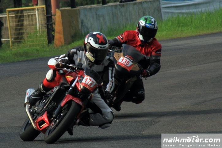 Yamaha_MT-25_Balap_3