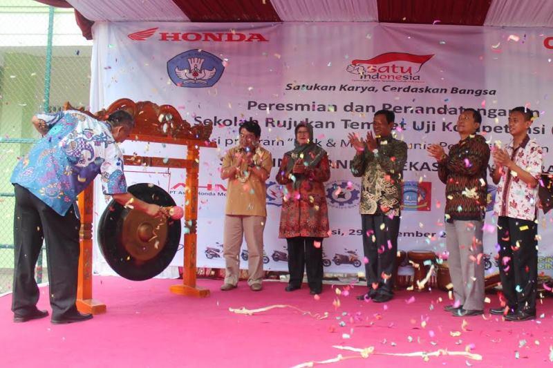 DAM Resmikan Empat Sekolah Tempat Uji Kompetensi KTSM Honda