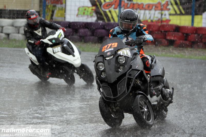 kelas_tiga_roda_indonesia_scooter_championship_04