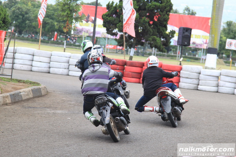 Gebyar Fun Corner Matic Race