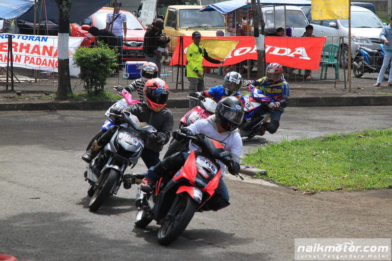 Corner Matic Race