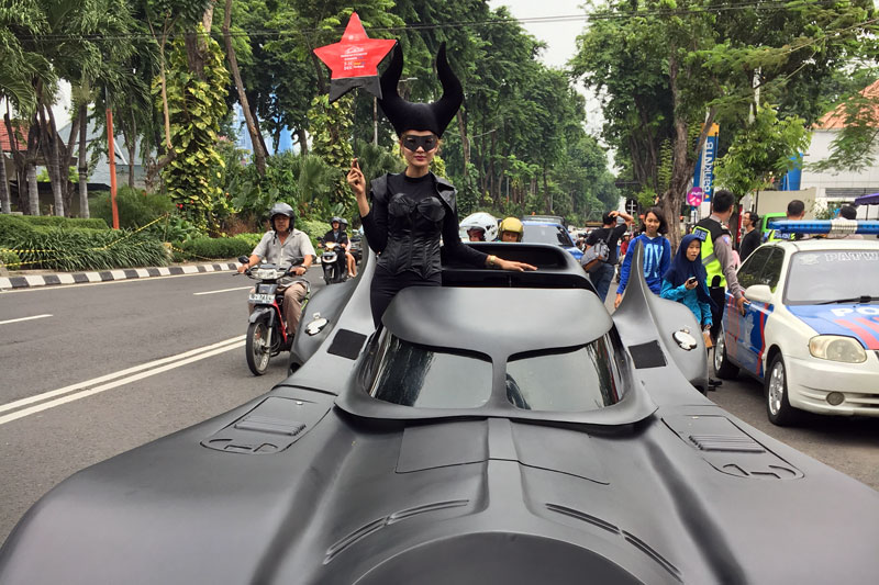 Pameran Otomotif Surabaya 2016 Hadirkan StuntRide dan Custombike