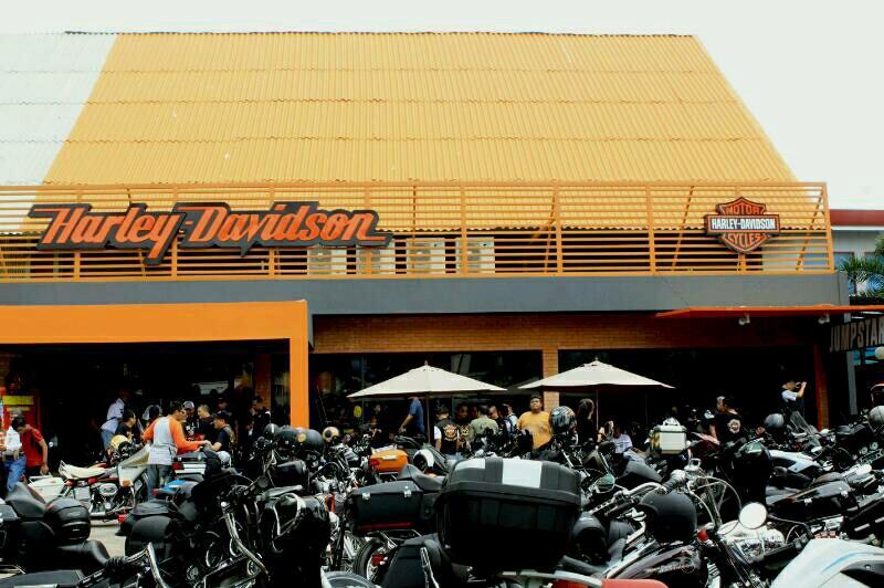 Anak Elang Motorindo Layani Penggemar Harley-Davidson