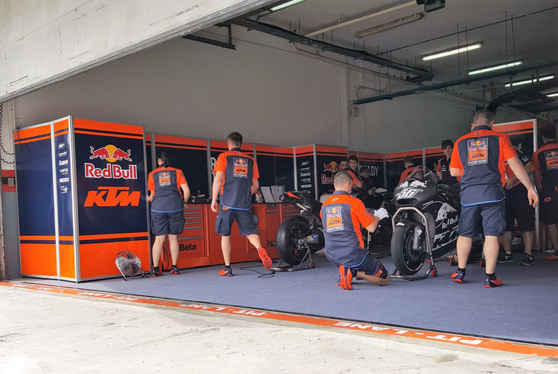Mesin big bang KTM