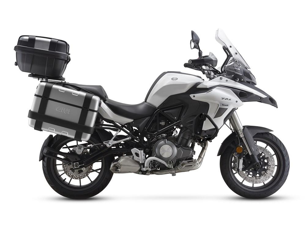 Benelli TRK 502 Penantang Honda CBX500 Hadir di Bangkok