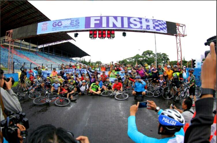 Kakorlantas Kampanyekan Bike to Work dengan Gowes