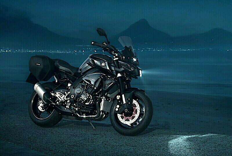 Edisi Tourer Yamaha MT-10